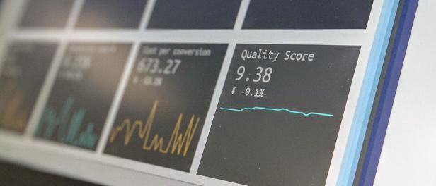 Foto einiger Diagramme aus einem Webanalyse-Tool
